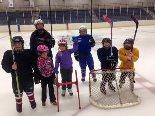 DYHA Girls Try Hockey For Free